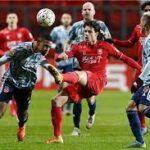 أياكس يتعادل مع تفينتي وفينورد ينتصر مجددا في الدوري الهولندي