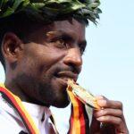 الإثيوبي أدولا يفوز بماراثون برلين وبيكيلي الثالث