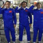 عودة رواد فضاء صينيين بعد بعثة في محطة الفضاء الدولية