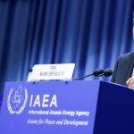 نائب الرئيس الإيراني يصل روسيا لإجراء محادثات حول التعاون النووي