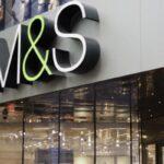 «ماركس وسبنسر» تغلق متاجر في فرنسا بسبب بريكسيت