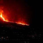 مراسلنا: بركان لا بالما ينفجر مجددا وسط حالة ذعر
