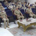 رئيس أركان القوات المسلحة المصرية وقائد الجيش الثاني الميداني يتفقدان مركز العمليات بسيناء