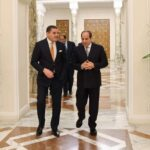 السيسي: موقف مصر ثابت تجاه احترام السيادة الليبية