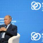 نوفاك: روسيا ستضخ 9.9 مليون برميل من النفط يوميا في أكتوبر